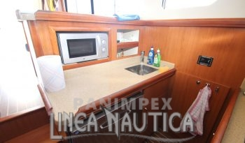 Mainship Trawler 34 full